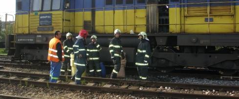 vlak zrazil muža